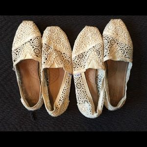 Toms Shoes - Toms Creme Lace Flats 2 Pairs